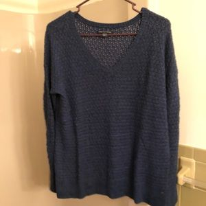 Navy American Eagle top